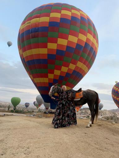 Gündoğumu Balonlarla At Turu